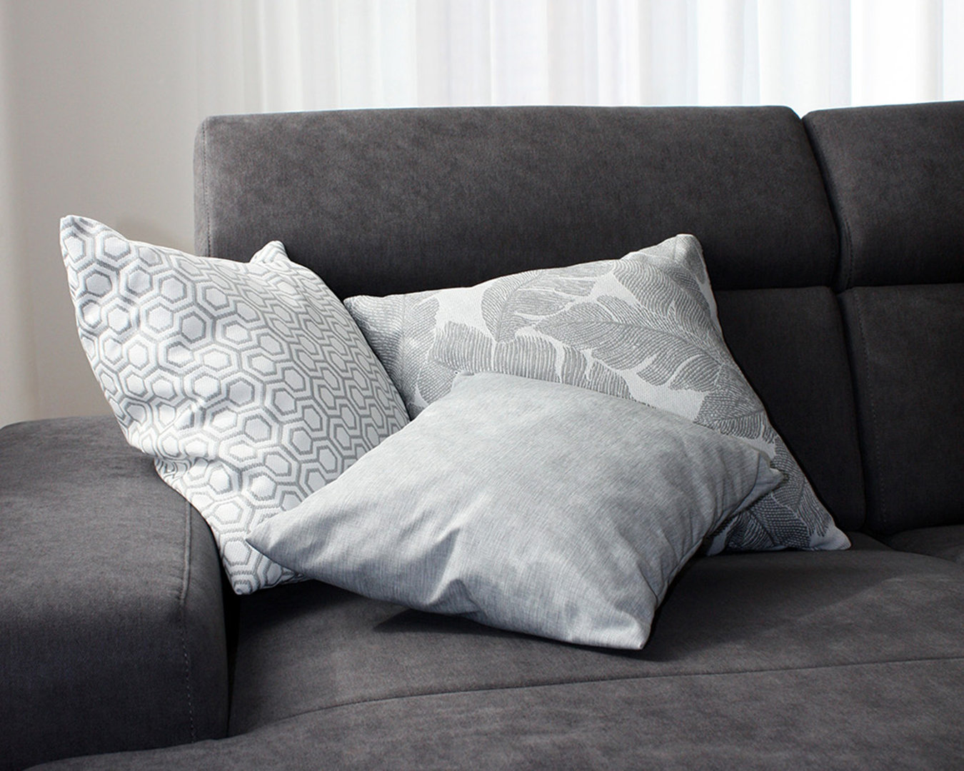 Active Line sofa or decorative cushion cover for In & Outdoor
